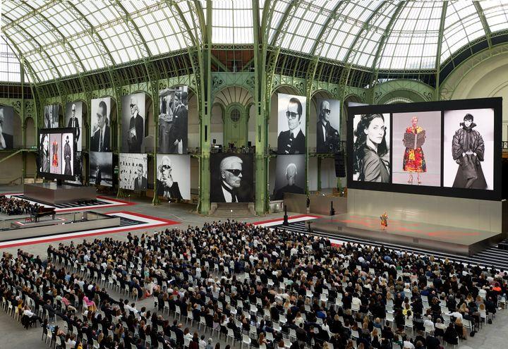 Hommage au couturier Karl Lagerfeld au Grand Palais à Paris le 20 juin 2019 (OLIVIER.SAILLANT)