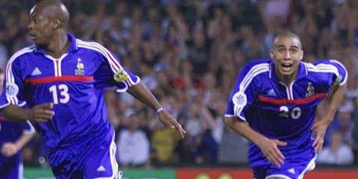 David Trezeguet (au second plan) héros de la finale de l'Euro 2000
