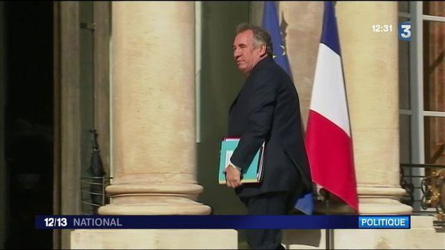 Affaires au MoDem : François Bayrou se défend