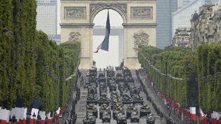Le défilé militaire de la fête nationale, le 14 juillet 2019, sur les Champs-Elysées, à Paris. (LIONEL BONAVENTURE / AFP)