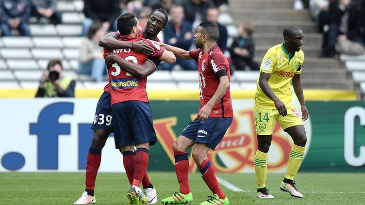 Eder (au centre) a ouvert le score pour Lille à Nantes. (JEAN-SEBASTIEN EVRARD / AFP)