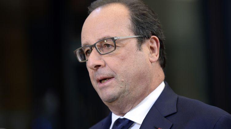 François Hollande, lors d'une conférence de presse, à Bruxelles (Belgique), le 29 novembre 2015. (THIERRY CHARLIER / AFP)