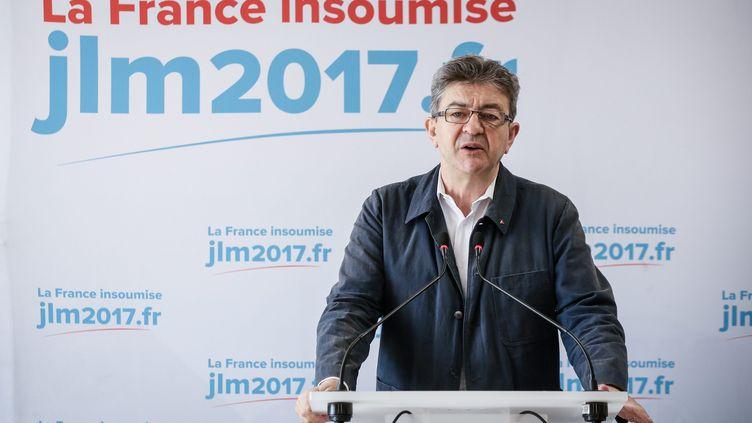 Jean-Luc Mélenchon, lors d'une conférence de presse le 30 mai 2017. (THOMAS PADILLA / MAXPPP)