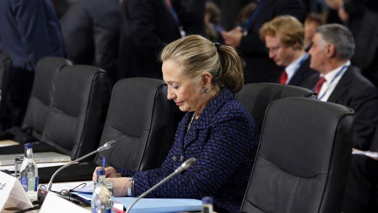La secrétaire d'Etat américaine, Hillary Clinton,participe à une conférence le 6 décembre 2012à Dublin (Irlande). (KEVIN LAMARQUE / REUTERS)