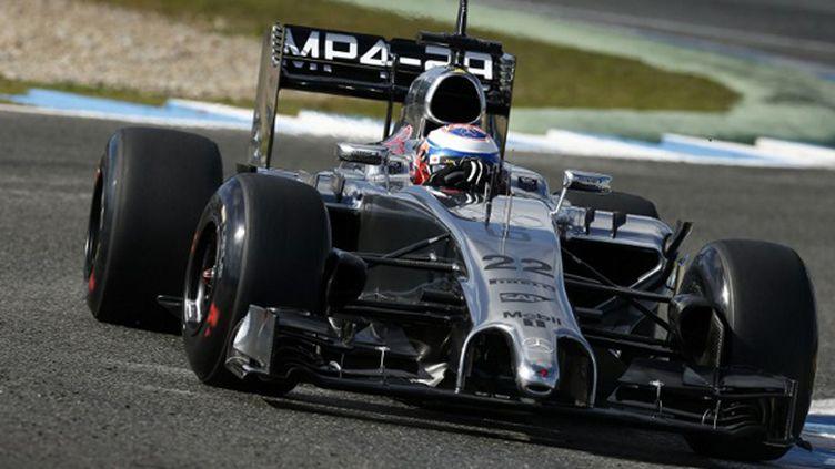 Jenson Button (Mercedes) en essais à Jerez (HOCH ZWEI / HOCH ZWEI)