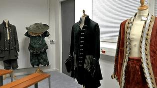 """Les costumes du """"Bourgeois Gentilhomme"""" signés Christian Lacroix  (France 3)"""