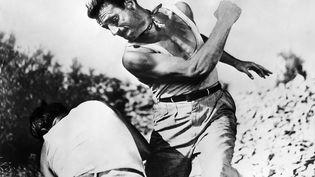 """Yves Montant dans """"Le Salaire de la peur"""", de Henri-Georges Clouzot, palme d'or à Cannes en 1953. (ULLSTEIN BILD / ULLSTEIN BILD)"""