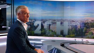 Didier Deschamps, sélectionneur de l'équipe de France de football, sur le plateau de TF1, le 12 mai 2016, avant l'annonce de sa liste pour l'Euro. (FRANCK FIFE / POOL)