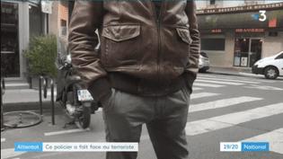Le policierqui a utilisé son Taser contre Khamzat Azimov, interrogé par France 3 le 15 mai 2018. (FRANCE 3)