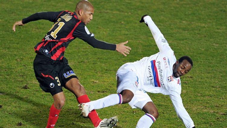 Sidney Govou revient à Lyon.