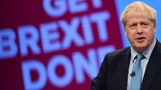 Le Premier ministre Britannique Boris Johnson lors d'un meeting à Manchester (Royaume-Uni), le 2 octobre 2019. (OLI SCARFF / AFP)