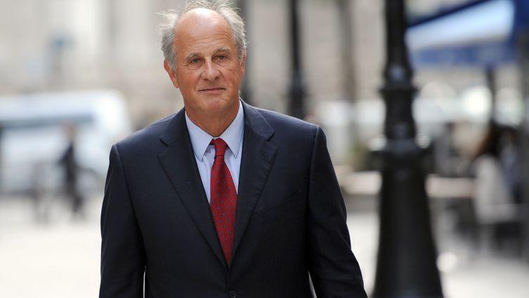 Patrice de Maistre, ancien gestionnaire de fortune de Liliane Bettencourt, le 30 septembre 2010 à Paris. (LIONEL BONAVENTURE / AFP)