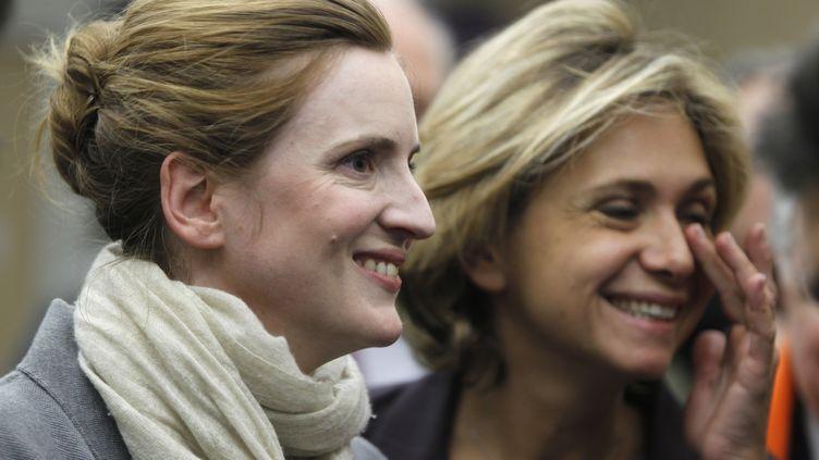 Nathalie Kosciusko-Morizet et Valérie Pécresse, le 18 janvier 2010 à Paris. (CHARLES PLATIAU / REUTERS)