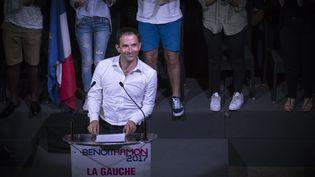 Benoît Hamon prononce un discours à La Plaine-Saint-Denis (Seine-Saint-Denis), le 28 août 2016. (LIONEL BONAVENTURE / AFP)
