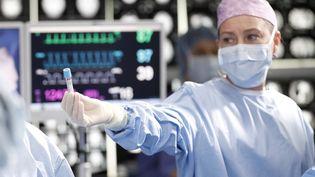 Dans sa 17e saison, la série médicaleGrey's Anatomyva explorer la crise du coronavirus. (RAYMOND LIU / ABC)