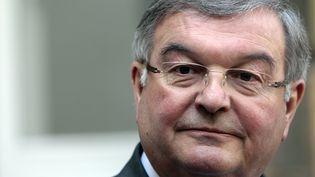 Michel Mercier, alors ministre de la Justice, s'exprime devant des journalistes à Paris, le 29 mars 2012. (KENZO TRIBOUILLARD / AFP)