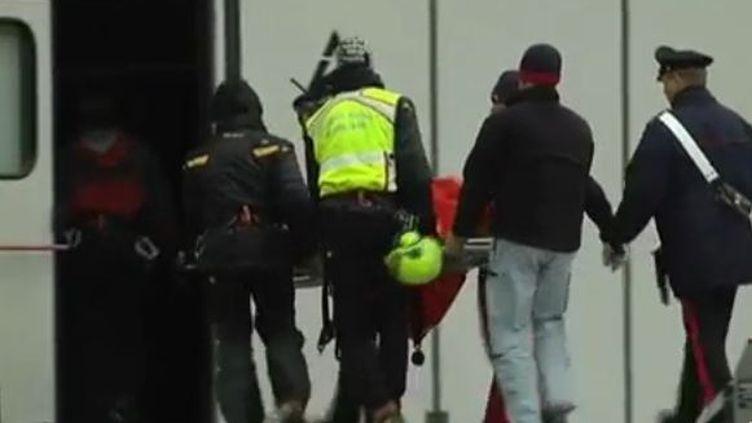 Les corps de 2 alpinistes transportés en Val d'Aoste (Italie) mercredi 9 novembre (FTVi)