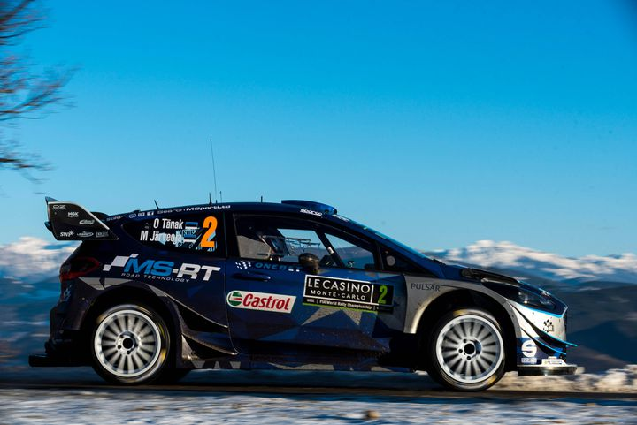 A l'image de la Ford Fiesta de l'équipe M-Sport, le look des voitures WRC se démarque des précédentes de par son aileron arrière beaucoup plus élargi.