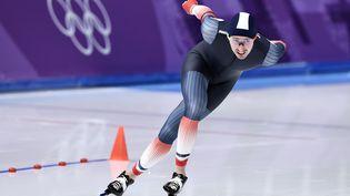Alexis Contin en finale de la mass start de patinage à vitesse, le 24 février 2018. (ARIS MESSINIS / AFP)