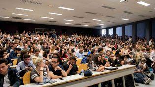 Des étudiants à l'université de Nantes (Loire-Atlantique), le 17 octobre 2017. (ESTELLE RUIZ / CITIZENSIDE / AFP)