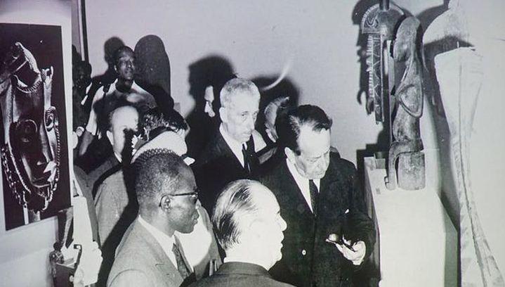 André Malraux visite le premier festival des arts nègres, en 1966, à Dakar (Jean-Pierre Dalbéra/Flickr, CC BY)