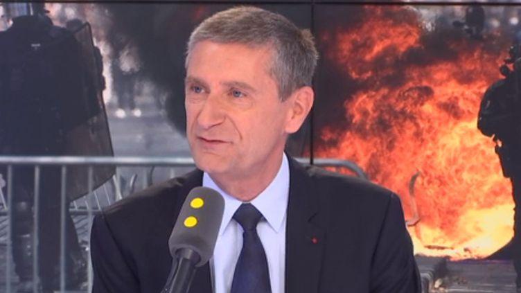 Frédéric Péchenard,vice-président LR du Conseil régional d'Ile-de-France chargé de la sécurité, lundi 15 juillet. (FRANCEINFO / RADIOFRANCE)