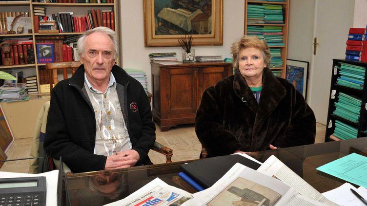 Pierre et Jacqueline Le Guennec, accusés de recel d'oeuvres de Picasso, chez leur avocate Me Evelyne Rees en 2010