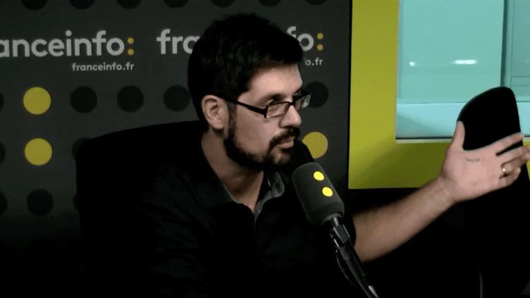 Arnaud Gonzague dans le studio de franceinfo le 8 septembre 2016 (Radio France)