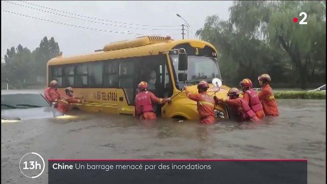 Inondations en Chine : la ville de Zhengzhou piégée par les eaux, au moins 25 victimes