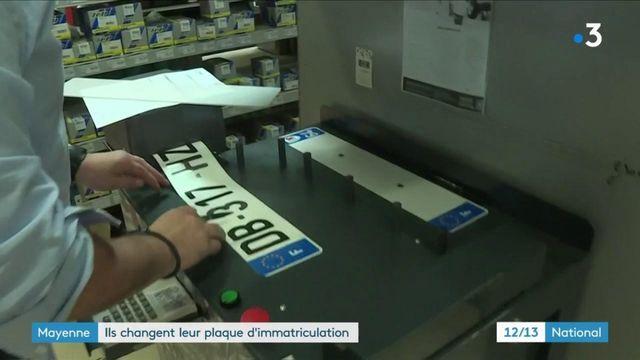 Mayenne : ils changent leur plaque d'immatriculation avant de partir en vacances