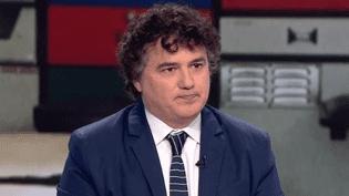 Le médecin urgentiste Patrick Pelloux sur le plateau du journal de 13 Heures, le jeudi 10 mai 2018. (France 2)
