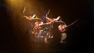 Les incroyables archers contorsionnistes (Cirque de Mongolie)