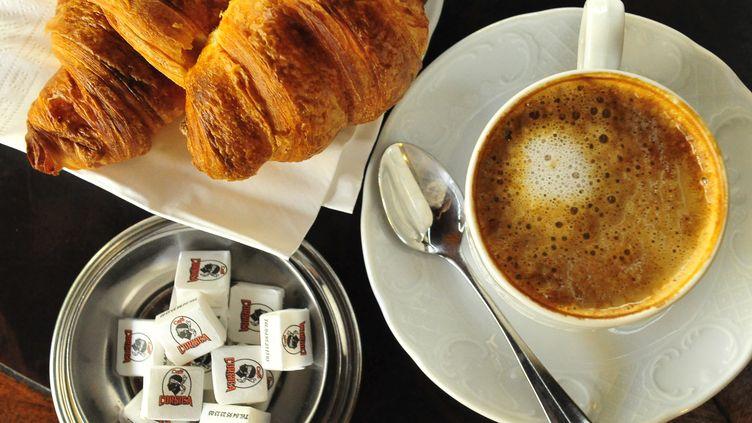 """Bientôt, avec votre café du matin, votre dose de protéines, vitamines, minéraux pour la journée ? C'est, en tout cas, ce sur quoi travaille Nestlé, avec son projet de machine à nutriments """"Iron Man"""". (STAN FAUTRE  / ONLY FRANCE)"""