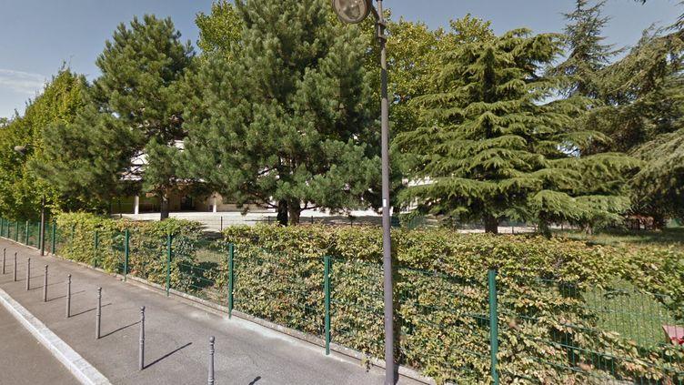 Vue sur l'école maternelle Paul Langevin d'Ivry-sur-Seine (Val-de-Marne). (CAPTURE ECRAN GOOGLE STREET VIEW)
