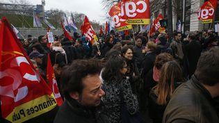 Une manifestation des fonctionnaires de la finance publique, le 14 mars 2019, près du ministère de l'Economie et des Finances. (- / AFP)