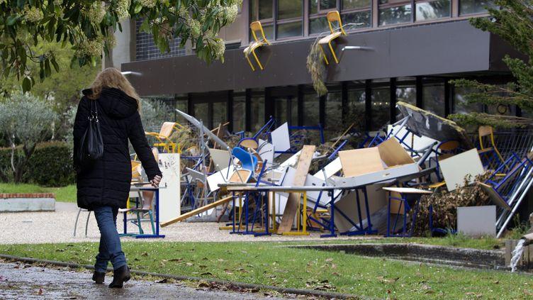 La faculté de Lettres de Montpellier (Hérault) bloquée par des étudiants, le 12 avril 2018. (MAXPPP)