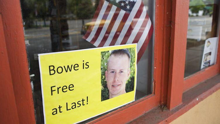 Une pancarte de soutien après la libération du sergent Bowe Bergdahl, à Haley (Idaho),dimanche 1er juin 2014. (PATRICK SWEENEY / REUTERS)