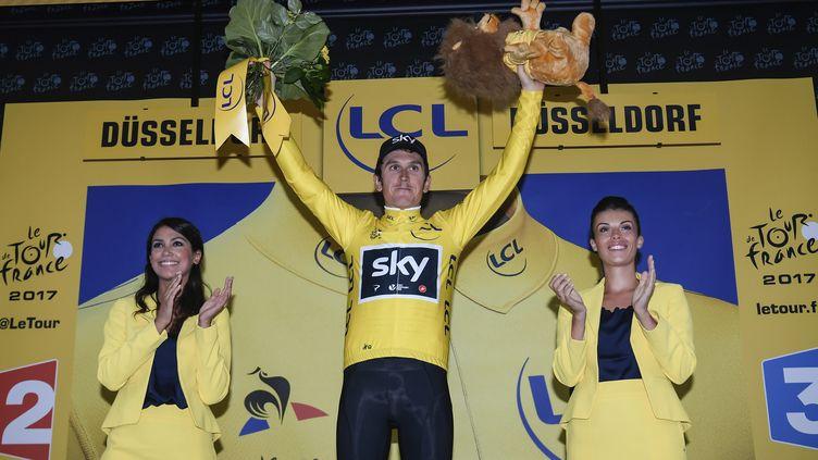 Geraint Thomas, premier Gallois maillot jaune de l'histoire du Tour (LIONEL BONAVENTURE / AFP)