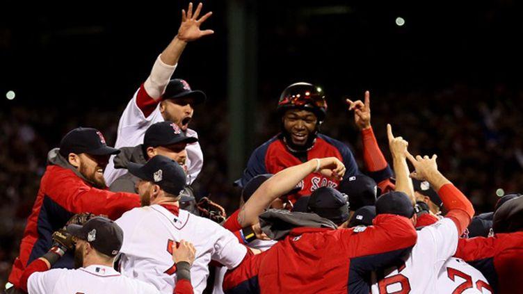 La joie des Boston Red Sox (ROB CARR / GETTY IMAGES NORTH AMERICA)