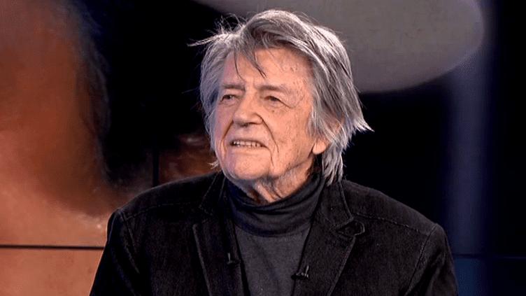 Le réalisateur Jean-Pierre Mocky sur le plateau de France 3 le 4 janvier 2016  (Culturebox / Capture d'écran)