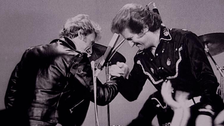 """Johnny Halliday et Eddy Mitchell, deux des """"stars"""" française à s'être fait connaitre grâce au Golf Drouot  (Capture d'écran / Culturebox)"""
