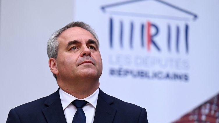 Xavier Bertrand lors d'un rassemblement des élus Les Républicains à Nîmes, dans le Gard, le 10 septembre 2021. (PASCAL GUYOT / AFP)