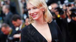 Cate Blanchett lors de son arrivée au Festival de Cannes, le 19 mai 2015. (VALERY HACHE / AFP)