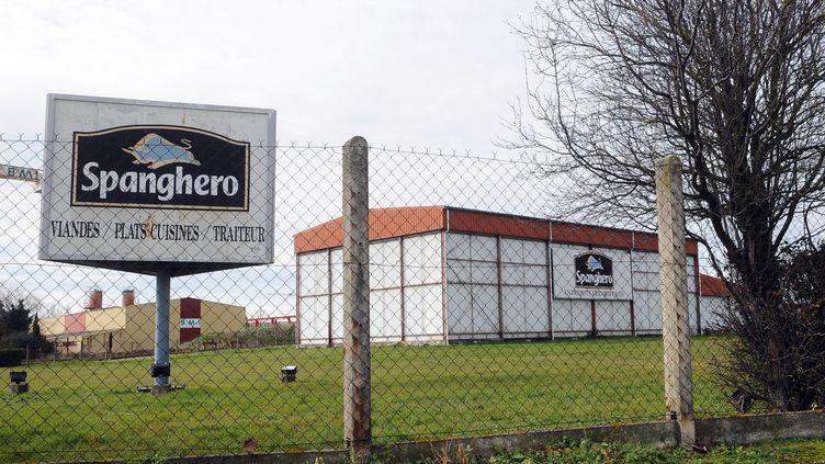 Un entrepôt du groupe Spanghero, à Castelnaudary (Aude), le 10 février 2013. (REMY GABALDA / AFP)