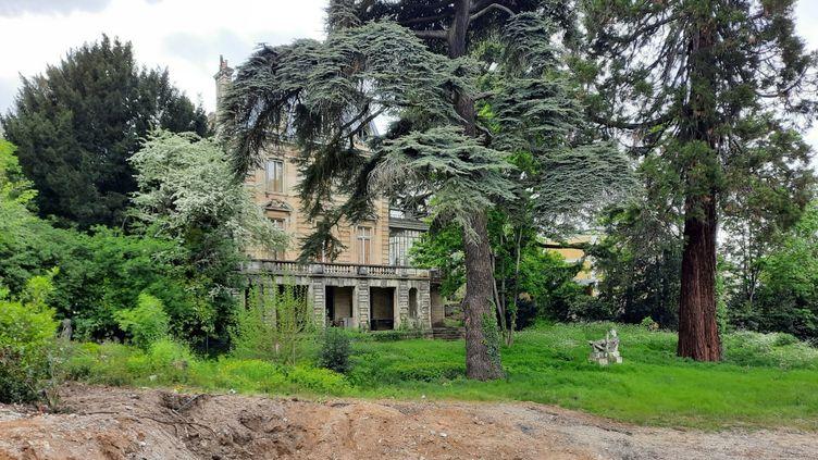 Unpromoteurprévoitde réduire le jardin de la villa Napoléon III à neuf mètres de profondeur. (Anne Chépeau)