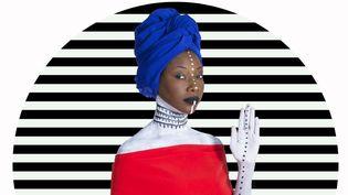 "La chanteuseFatoumata Diawara annonce un nouvel album, ""Fenfo"" (2018).  (Aida Muluneh)"