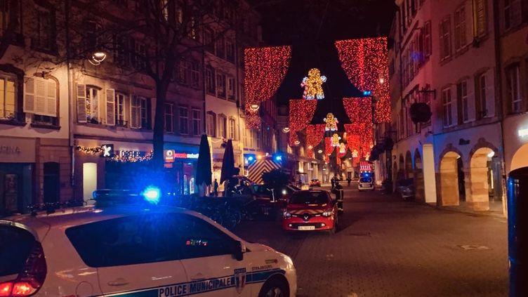 Le centre-ville de Strasbourg est bouclé mardi 11 décembre 2018 après une fusillade. (LUCILE GUILLOTIN / FRANCE-BLEU ALSACE (+ FB ELSASS))