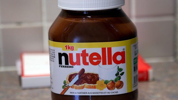 Un pot de Nutella, à Thionville (Moselle), le 9 octobre 2015. (MAXPPP)