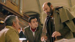 Image extraite du film Le Doudou, avec Kad Merad et Malik Bentalha. (FRANCE 3)
