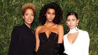 Les créatrices de mode Carly Cushnie et Michelle Ochs, avec le mannequin Imaan Hammam (au centre)  (Neil Rasmus / BFA / REX / Shutterstock / SIPA )